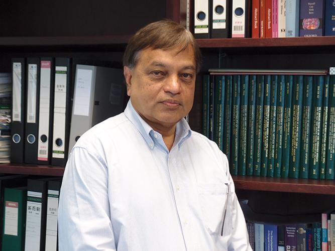 Professor Peiris, Joseph Sriyal Malik